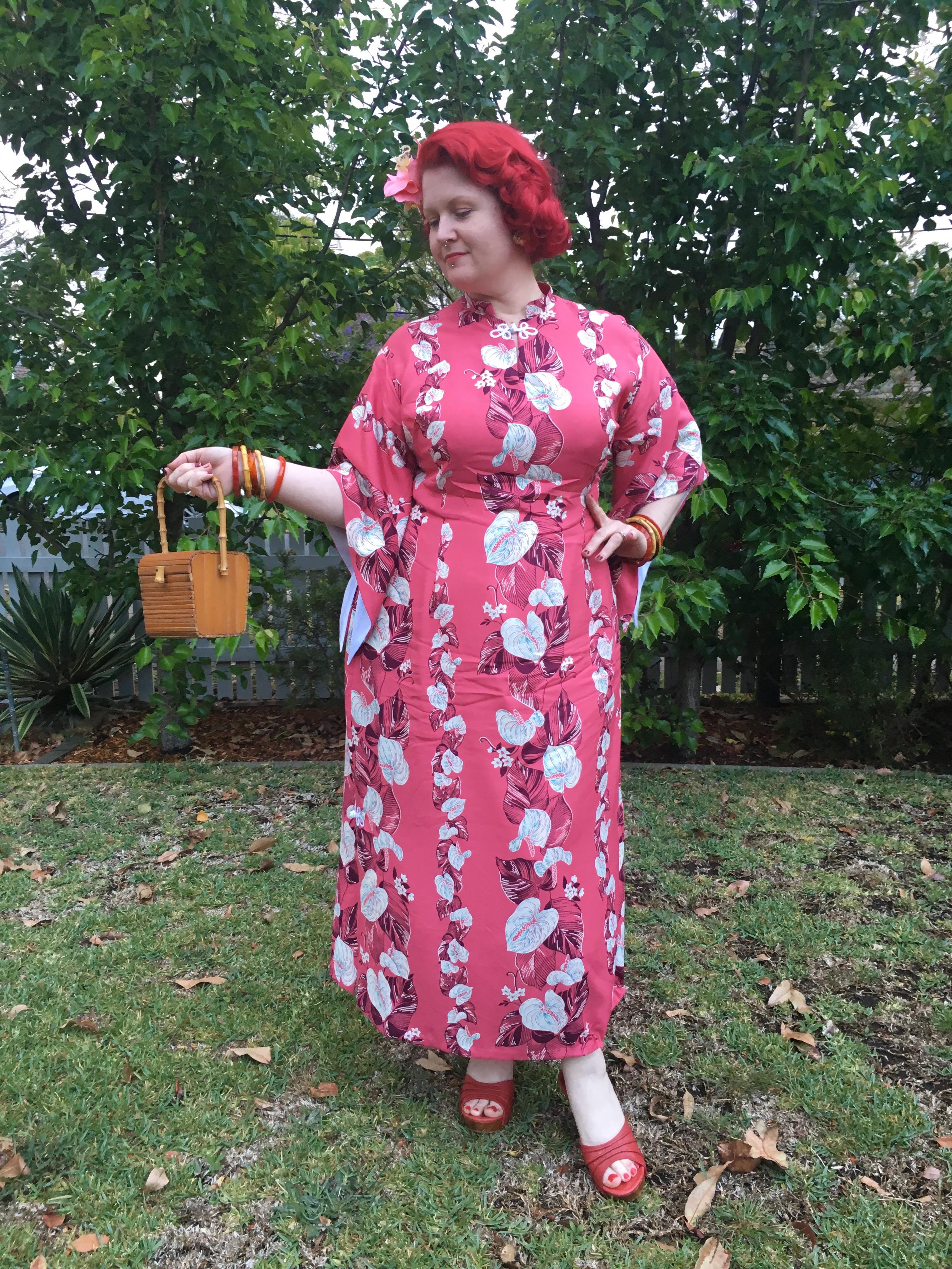pake muu pakemuu hawaiian rayon vintage sewing pattern