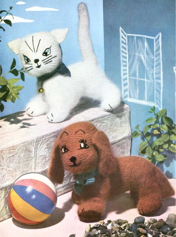 knitting puppy and kitten toy vintage 1950s